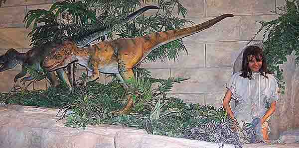 Eve and the Dinosaura